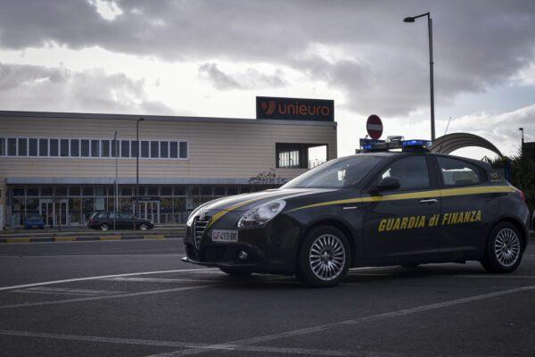 Reddito di cittadinanza per 'ndranghetisti, mafia stracciona che ha bisogno di pane e latte
