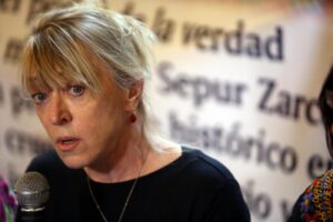 "Il Premio Nobel Jody Williams: ""Razzismo e sessismo stelle polari di Trump"""