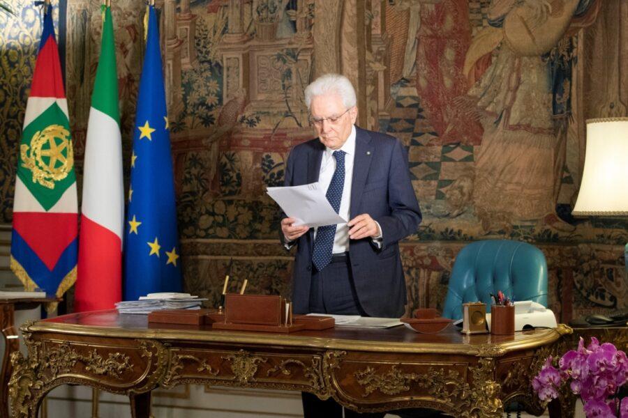 """Strage di Capaci, Mattarella ai giovani: """"Raccogliete il testimone di Falcone e Borsellino"""""""