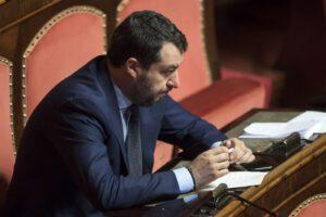 La ruspa di Salvini si è rotta, spariti ladri e migranti