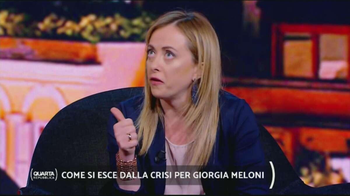 """""""Pap test per individuare il cancro al seno"""", la gaffe di Giorgia Meloni ..."""