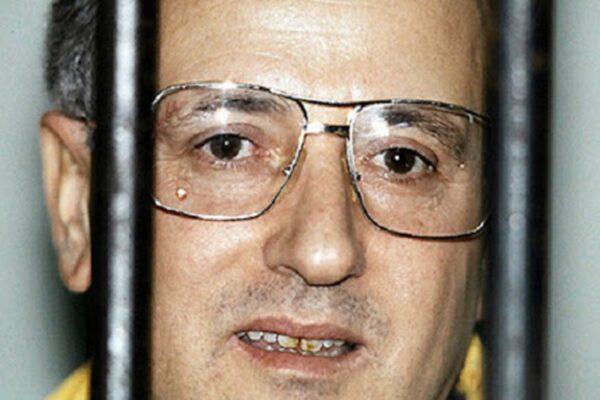 Raffaele Cutolo è stato condannato a morte