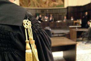 Governo stabilisca regole certe, così la giustizia può ripartire