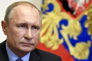 Russia, Putin in crisi: bluff dello zar su prestiti e imprese