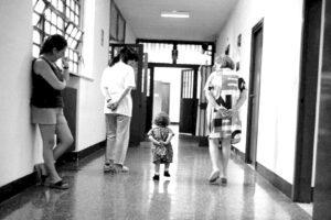 Il piccolo Edward lascia Rebibbia, scarcerato ma senza la sua mamma