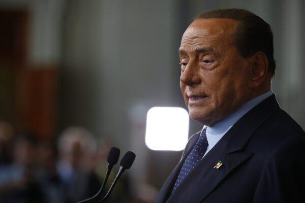 """Berlusconi scrive al Riformista: """"Non chiedo risarcimenti, voglio la verità"""""""