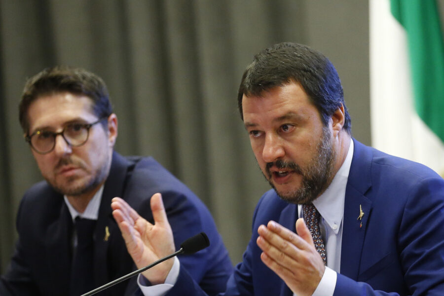 Foto Vincenzo Livieri – LaPresse  07-11-2018 – Roma Politica Ministero dell'Interno. Tavolo di coordinamento per il nuovo sistema di accoglienza per i richiedenti asilo. Nella foto Matteo Salvini, Nicola Molteni  Photo Vincenzo Livieri – LaPresse  07-11-2018 – Rome Politics Ministry of Interior. Press conference on the new system for the asylum seekers. In the picture Matteo Salvini, Nicola Molteni