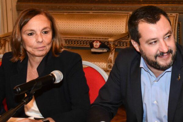 Amnesty condanna l'Italia, sui migranti nessuna differenza tra Salvini e Lamorgese
