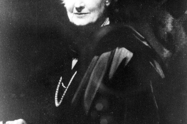 """""""Il bambino è il maestro"""", l'eredità rivoluzionaria di Maria Montessori"""