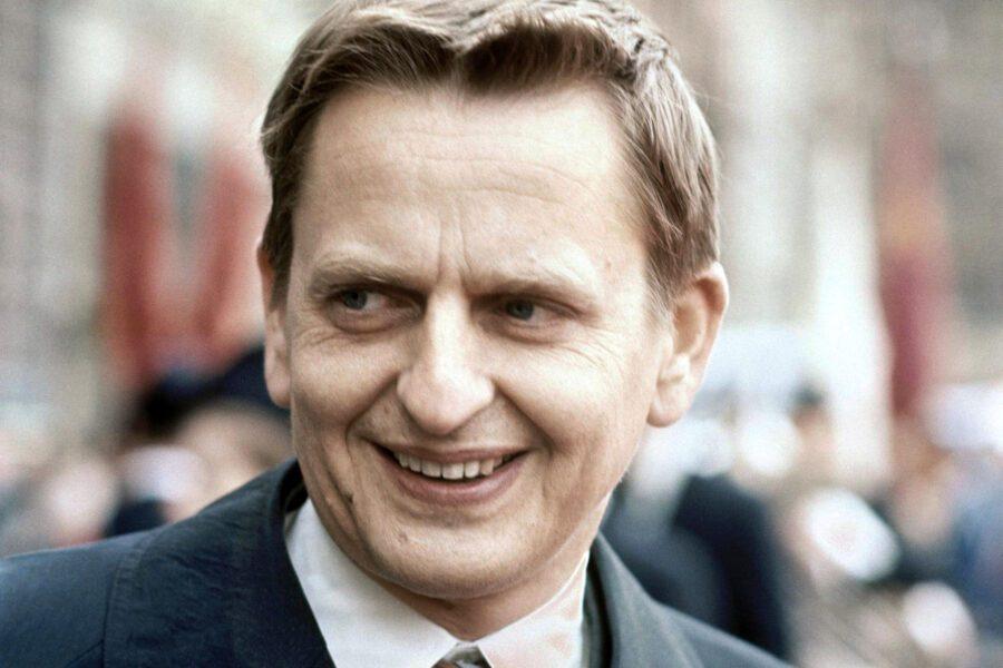 Storia di Olof Palme, la visione politica ancora viva del premier svedese ucciso 34 anni fa