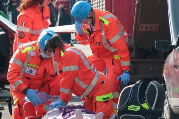 Il nuovo 118 riparta da personale e ambulanze non più private