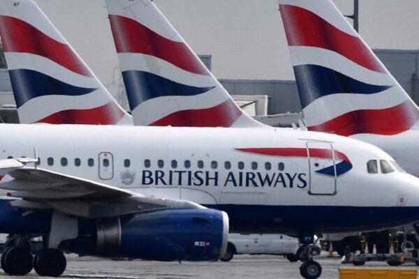 Turisti in quarantena, le compagnie aeree fanno causa al governo inglese