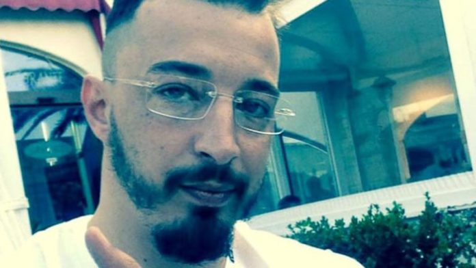 """""""Vai a mamma, spara"""", istigò figlio minorenne a vendicarsi: arrestata per concorso in omicidio"""