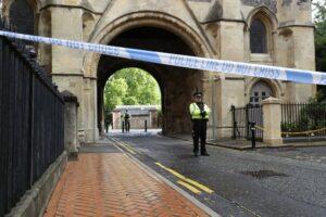 Attacco a Reading, per i 3 morti di Forbury Gardens si indaga per terrorismo