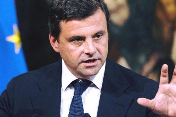 """Carlo Calenda a ruota libera: """"Renzi voleva essere Macron è finito come Mastella. Di Maio e Bonafede incapaci e incompetenti"""""""