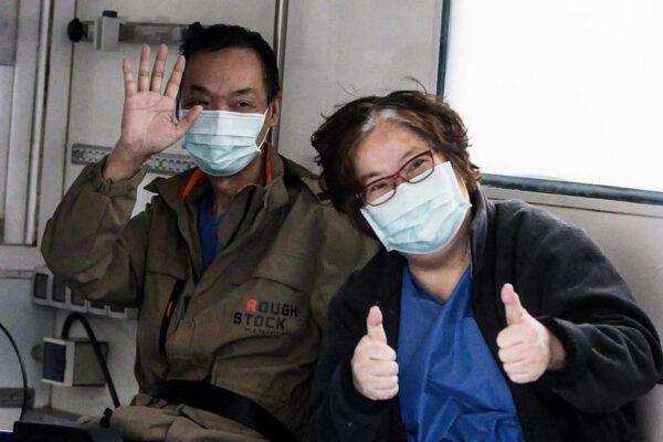 La coppia cinese curata a Roma dal Covid dona 40mila euro allo Spallanzani per la ricerca
