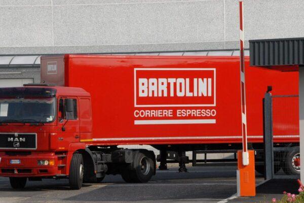 Scoppia focolaio nella sede Bartolini di Bologna: 45 positivi tra i dipendenti