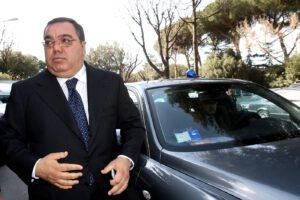 Arrestato a Roma l'ex senatore De Gregorio: l'inchiesta su estorsioni ai proprietari di locali della Capitale