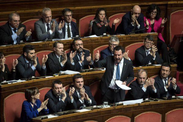 "Matteo Salvini si converte sulla via di Damasco: ""Evviva le Ong!"""