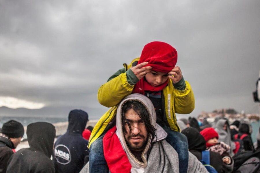 I profughi valgono 10 Shoah, 80 milioni in fuga da guerre e povertà