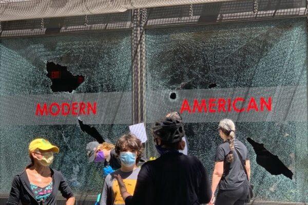 [VIDEO] In giro per Philadelphia dopo gli scontri con la sociologa Rita Fierro