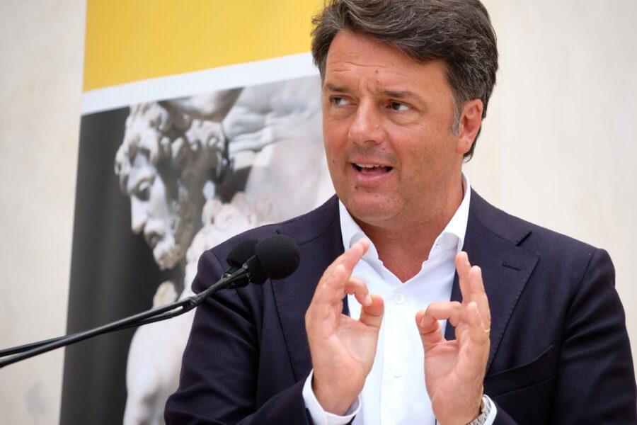 Renzi scalda i motori, Italia Viva correrà alle prossime regionali: da soli in Puglia e Veneto