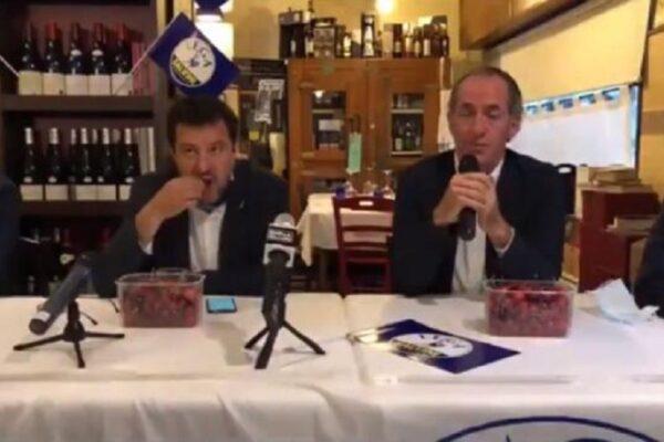 Zaia parla di bimbi morti in ospedale mentre Salvini si 'ingozza' di ciliegie, polemica sul web