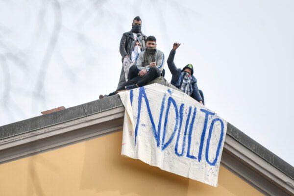 """""""Mentre tutti ci dicevano di scarcerare, noi pensavamo a curare"""", parla il direttore sanitario di San Vittore"""