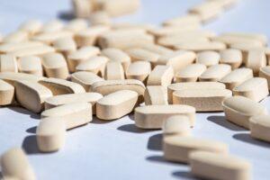 Coronavirus, farmaco da 6 euro in grado di ridurre la mortalità fino al 35%