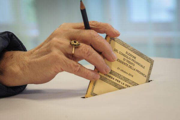 Elezioni regionali, si vota il 20 settembre: tremano Pd e Lega, sorride il M5S