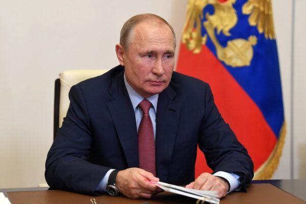 Russia al voto, il virus non ferma il referendum di Putin