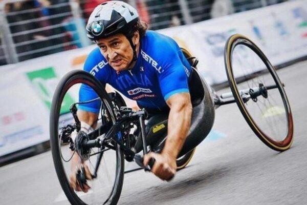"""Zanardi, la perizia rivela: """"Nessun problema da asfalto ed handbike"""""""