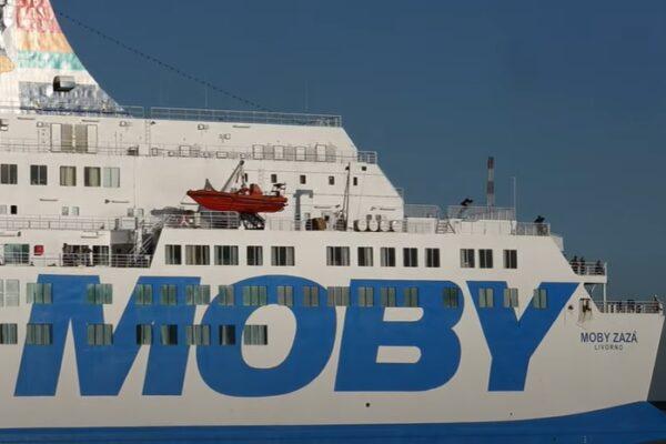 Coronavirus, positivi 28 migranti in quarantena sulla Moby Zazà a Porto Empedocle