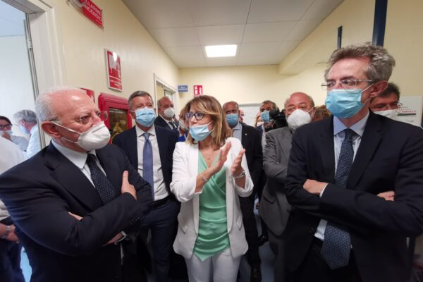 """Policlinico Federico II, 8 nuovi posti in terapia intensiva: """"Potenziamo in caso di nuova ondata coronavirus"""""""