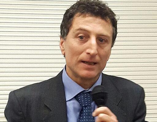 """""""A colpi di emergenze stanno uccidendo il diritto di difesa"""", lo sfogo del leader degli avvocati napoletani Tafuri"""