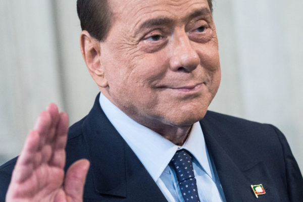 Silvio Berlusconi, dal 1994 a oggi storia di una persecuzione italiana