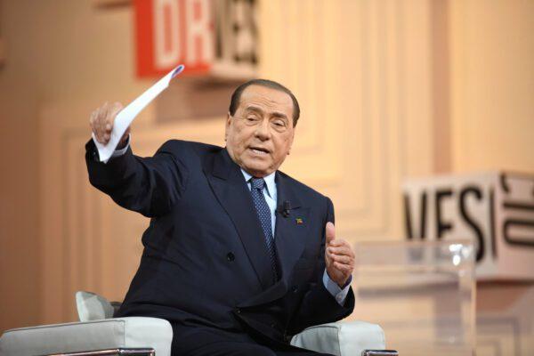 Sentenza Berlusconi 'pilotata', sembra di essere tornati all'arresto di Enzo Tortora