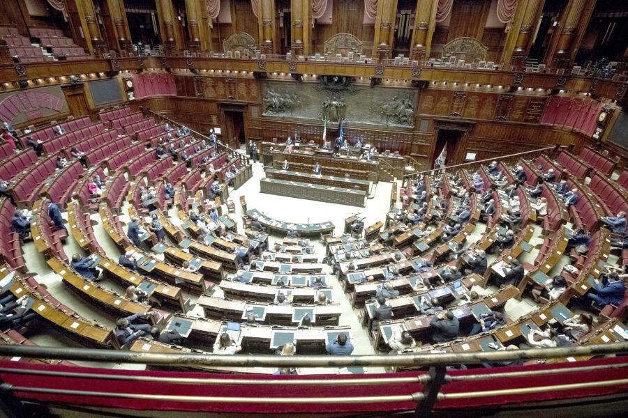 Abbiamo il Parlamento più scadente della storia, e se vince il Sì sarà peggio