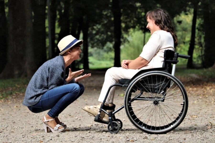 Caregiver: presto avremo una legge