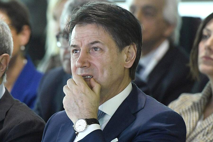 Dopo il Recovery Fund la maggioranza si spacca, Italia Viva si smarca sulla legge elettorale