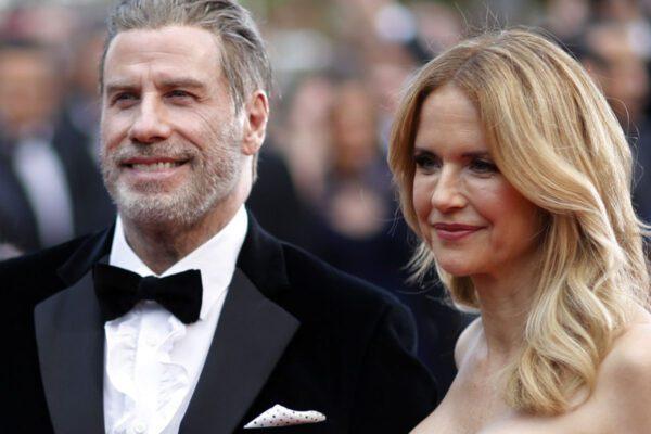 Morta a 57 anni Kelly Preston, l'attrice moglie di John Travolta