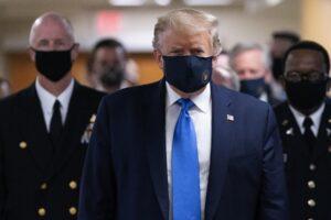 Coronavirus, record di contagi nel mondo. Usa in ginocchio, Trump con mascherina (ma è in ospedale)