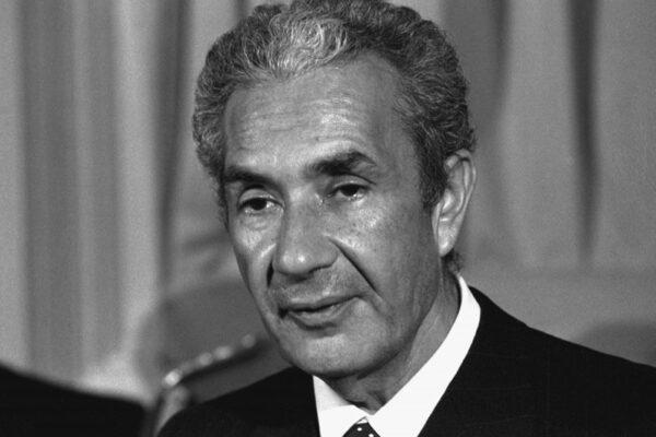 Signorile e l'ombra ingiusta su Cossiga: voleva Moro libero, ma era marcato da servizi russi e americani