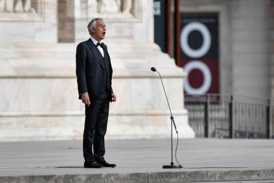 La stecca di Bocelli, una stronzata sulla pandemia