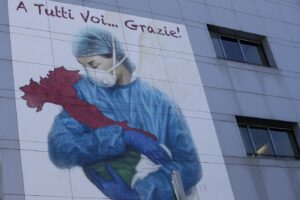 Epidemia in Italia da novembre, secondo i Pm i medici di Alzano dovevano predire il futuro