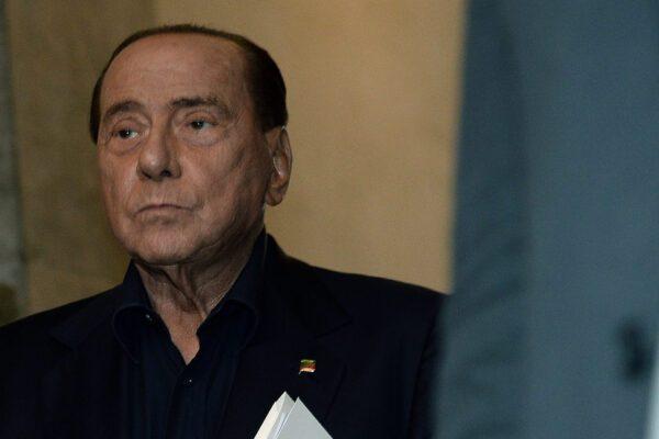 """Sentenza Berlusconi, attacco frontale dell'Anm al Riformista: """"Solo noi possiamo distribuire intercettazioni"""""""