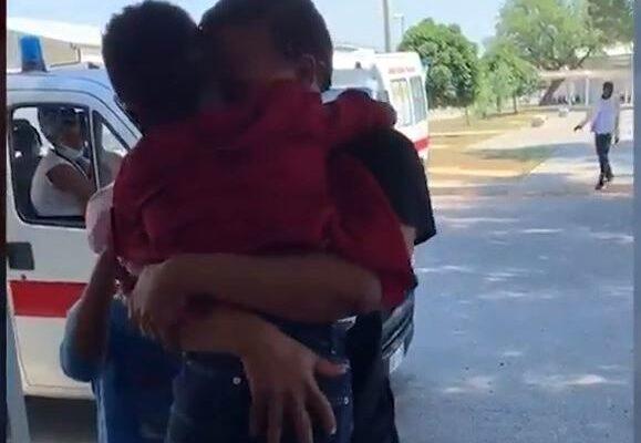 Il coraggio di Juniò, a 6 anni attraversa il Mediterraneo per abbracciare la madre