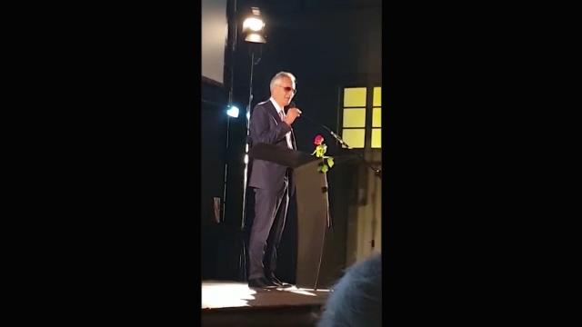 """Bocelli replica alle accuse di negazionismo: """"Sono un'ottimista, sono stato frainteso"""""""