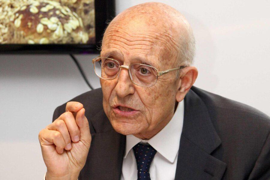 """""""La proroga dello Stato di emergenza è incapacità"""", l'accusa di Sabino Cassese"""