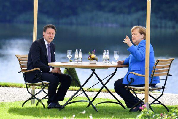 """Vertice Conte-Merkel, sponda tedesca sul Recovery Fund: """"Crisi va supera in modo solidale, da Italia straordinaria disciplina"""""""